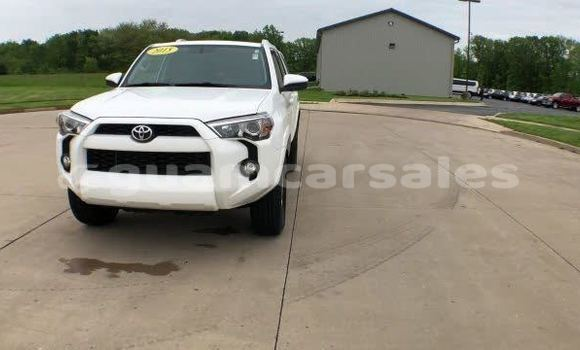 Medium with watermark 2015 toyota 4runner pic 5759702818326611373 1024x768