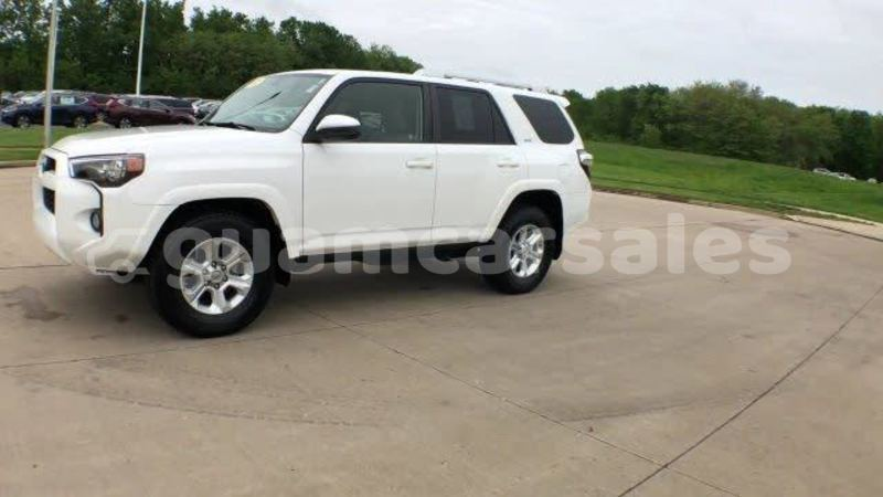 Big with watermark 2015 toyota 4runner pic 5838081800802797429 1024x768