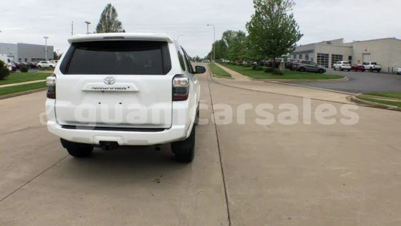 Big with watermark 2015 toyota 4runner pic 8664368791729906129 1024x768