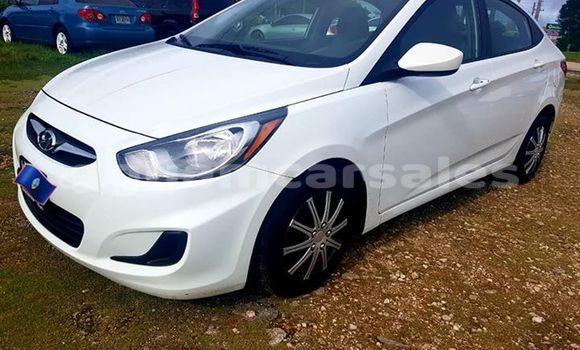Buy Used Hyundai Accent White Car in Dededo in Dededo