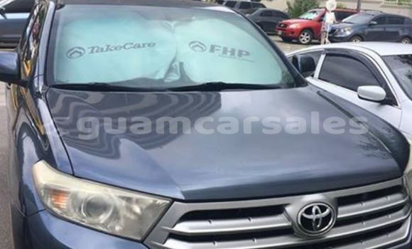 Buy Used Toyota Highlander Blue Car in Tamuning in Tamuning