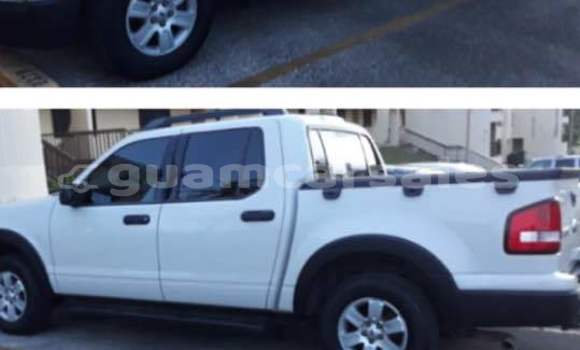 Buy Used Ford Explorer White Car in Dededo in Dededo