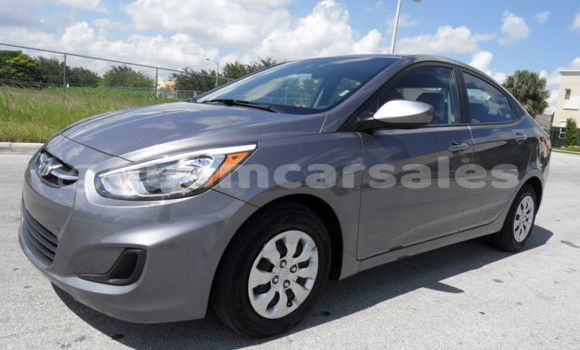 Buy Used Hyundai Accent Beige Car in Hagåtña in Hagatna